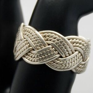 Jewelry - Sterling silver mesh weaved ring